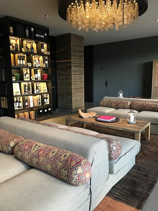 espace detente wine bar
