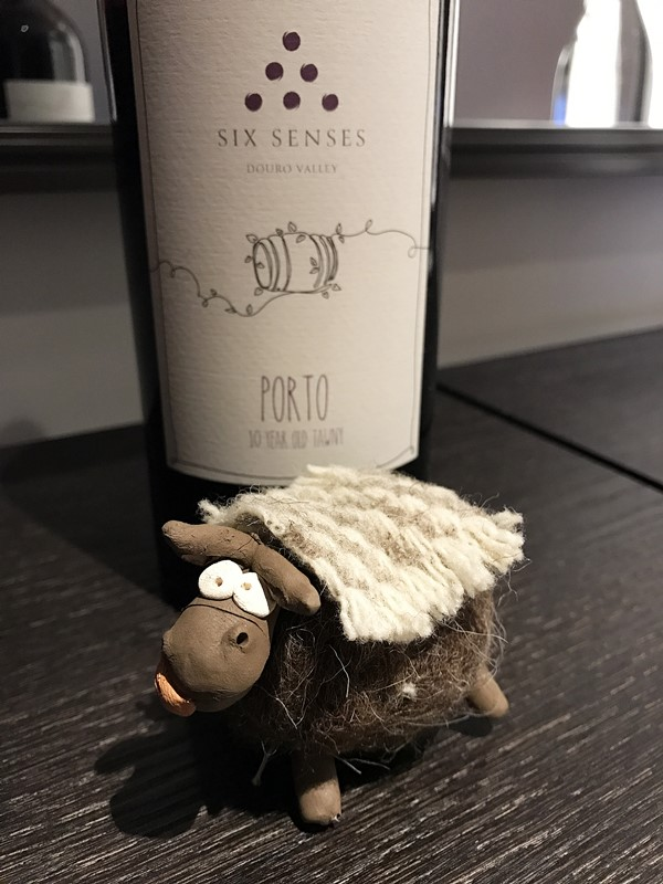 mascotte six senses douro valley