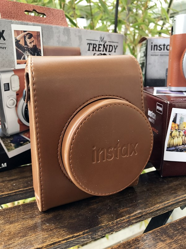 instax housse cuir marron