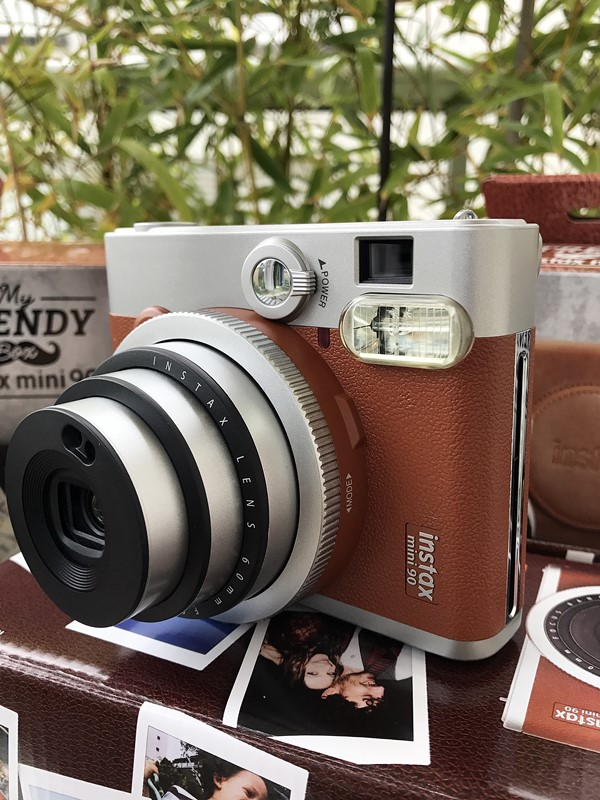 instax mini 90 marron