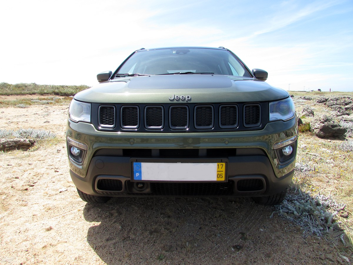 jeep compass calandre