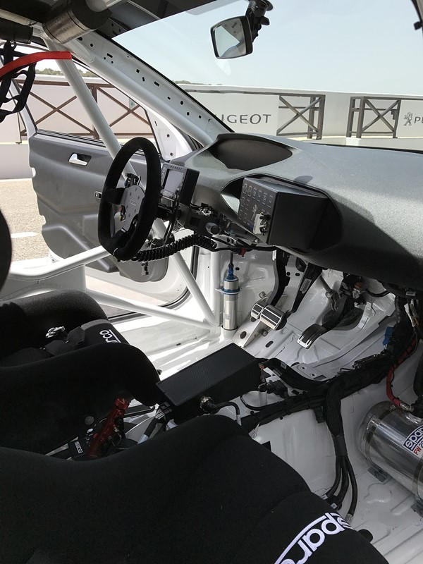 peugeot 308 rc interieur