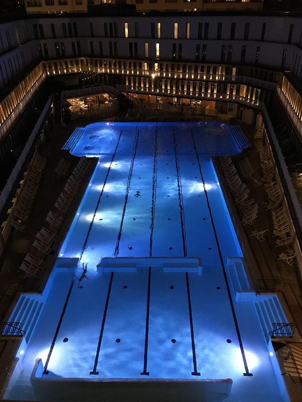 piscine molitor nuit