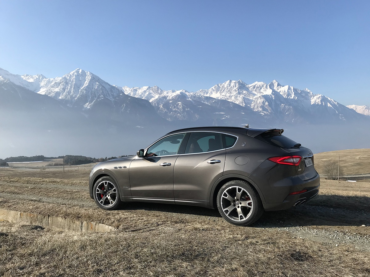 maserati levante SQ4 Gransport