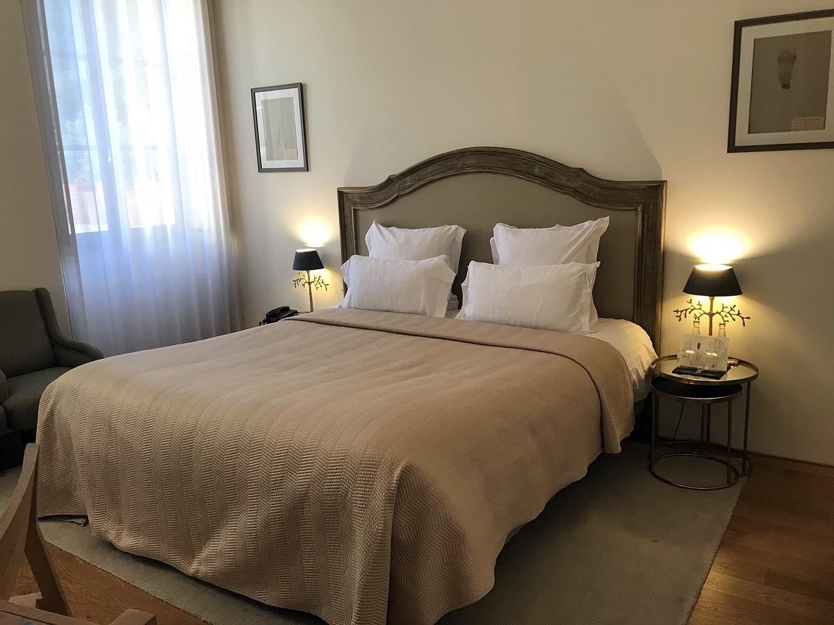 hotel de la villeon - chambre